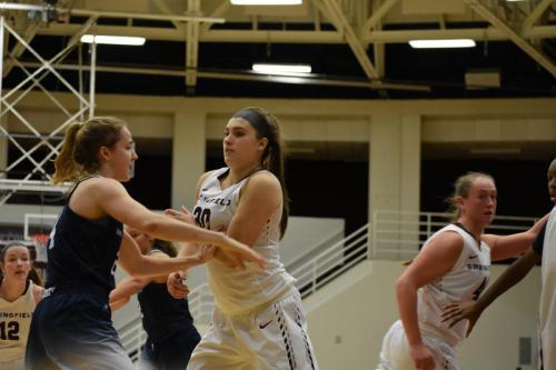 womensbasketball-homeopener-reddington
