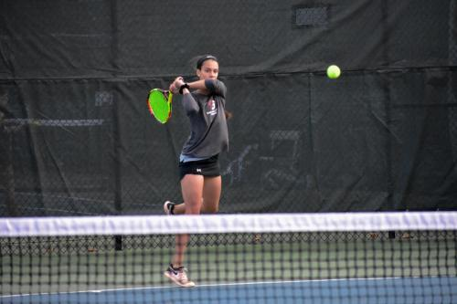womenstennis-emerson-freadman